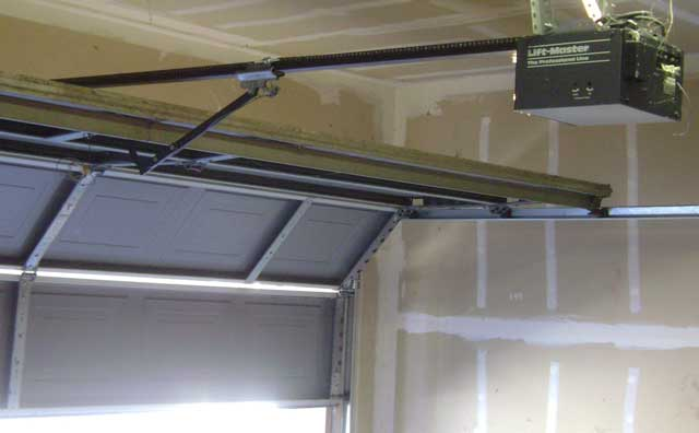 tips on how to select your new garage door opener