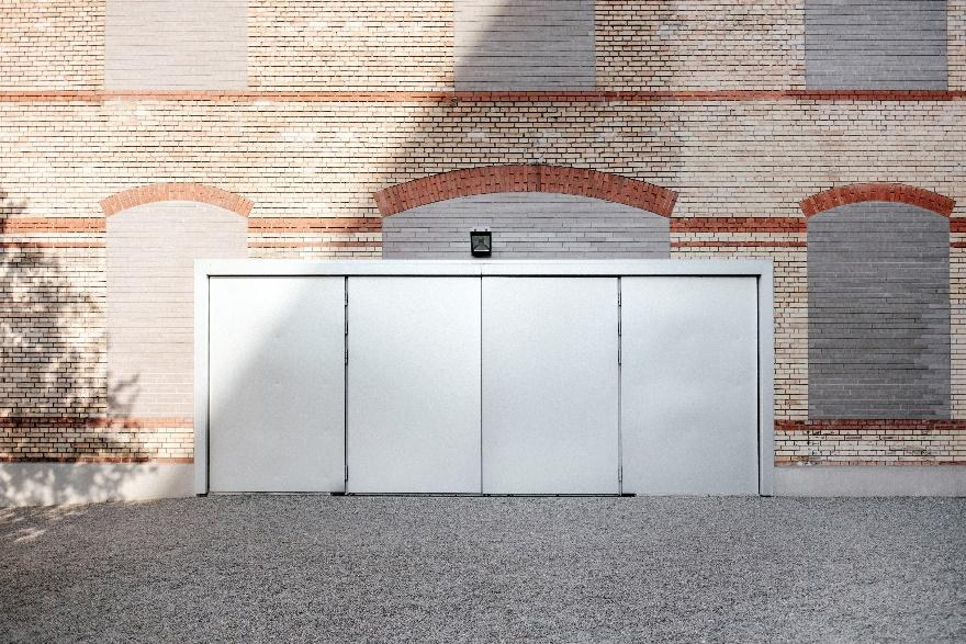 commercial overhead door sizes