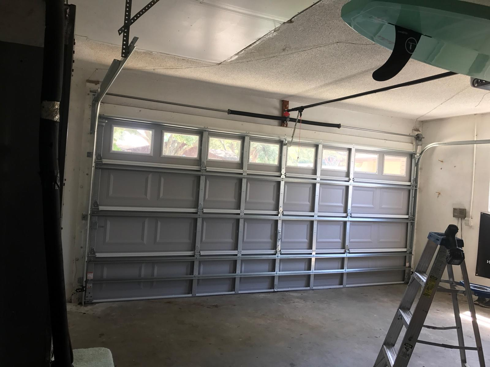 what is an insulated garage door
