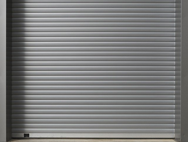 Aluminum roll-up-door