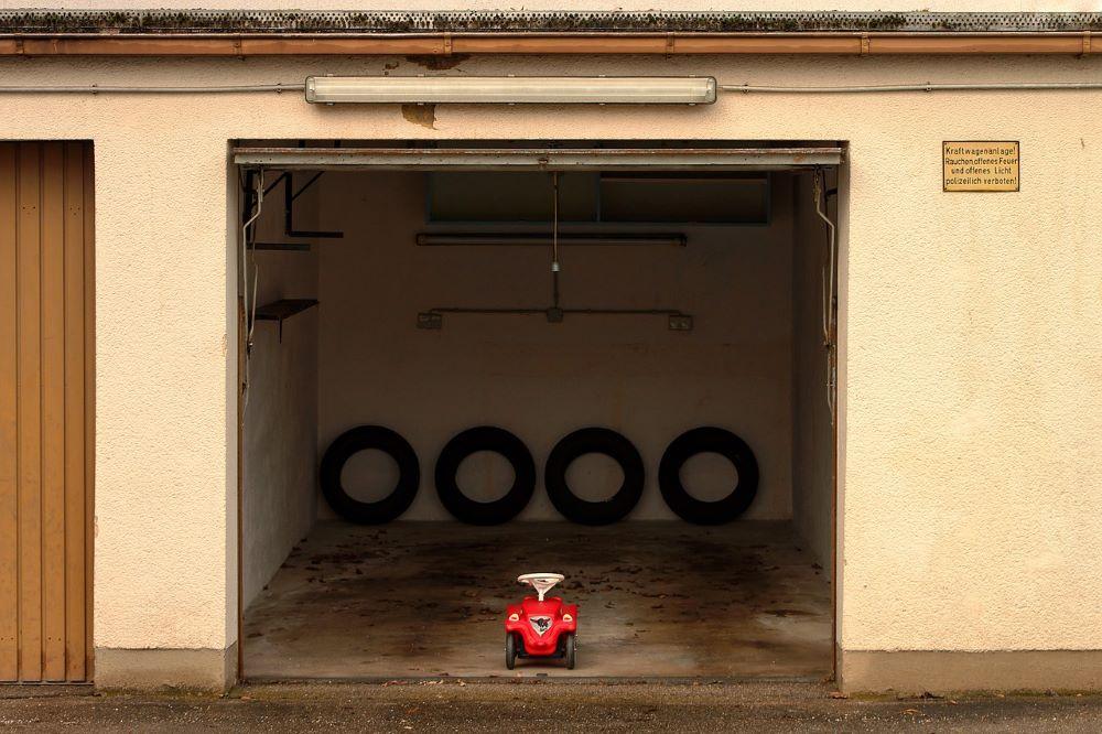 Garage Door with Broken Springs